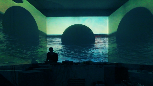Dichotomie_live version, audiovisual, variable size, 2014