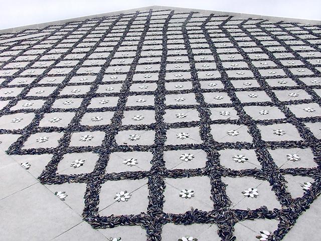 Seeded Floor, floor installation, 380x500 cm, 2010