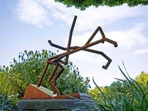 "title:  Equestrian medium:  steel dimensions:  57""H x 63""W x 18""D year:  2013"